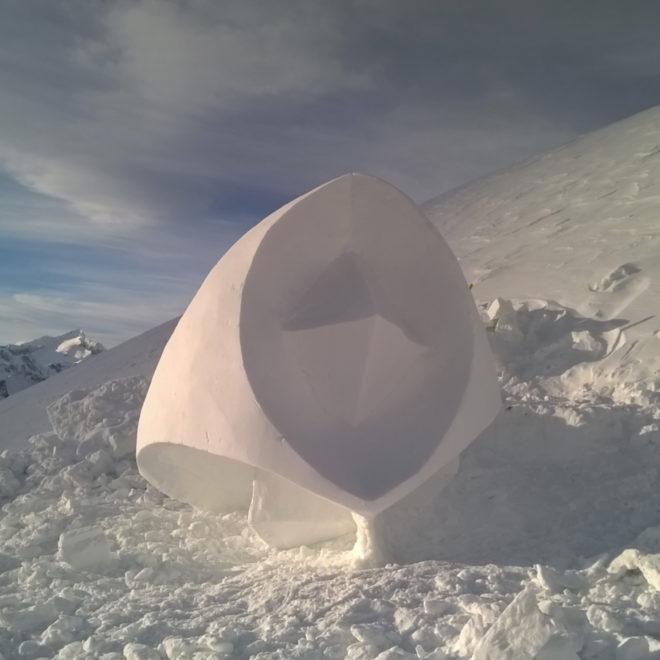6° Klausberg ICE GAMES Concorso Internazionale Sculture di Neve a Cadipietra/Valle Aurina (BZ).Italia.